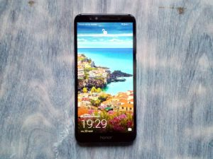 Экран смартфона Honor Play 7A
