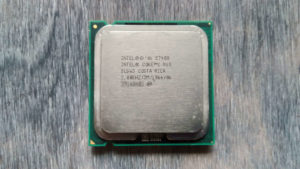 Процессор Intel Core 2 Duo E7400